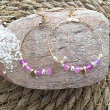 LO16. Créoles dorées et perles mauves