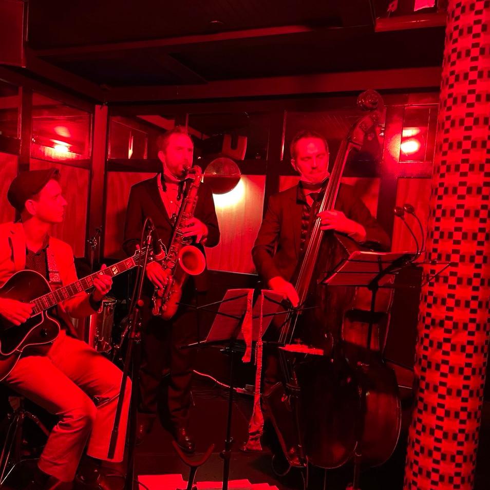 Michael Valeanu Trio
