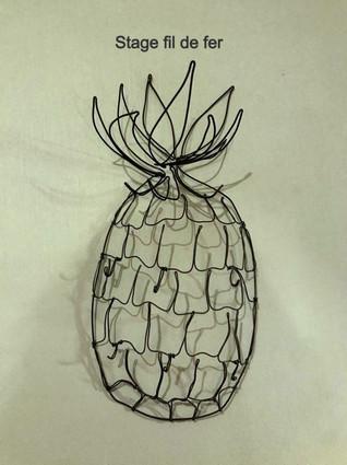 ananas porte bijoux stage fil de fer .jp