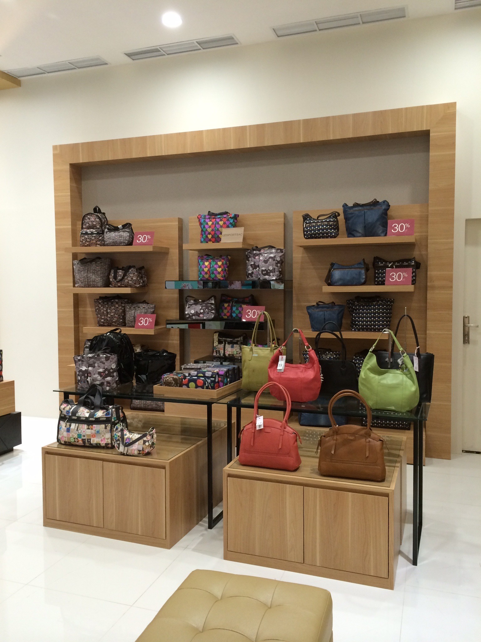 Women Handbag Area