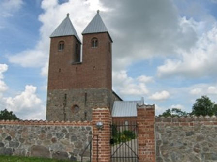 Fjenneslev kirke.jpg