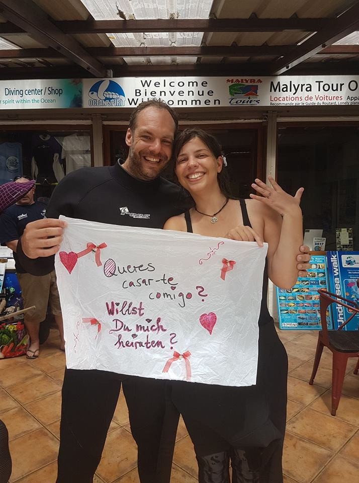 underwater proposal romantic scuba diving mauritius