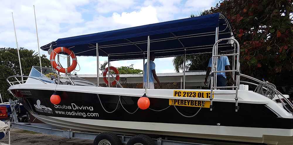 New scuba diving boat built in Mauritius