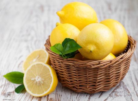Saviez-vous que l'eau citronnée était à la fois une boisson diététique et un élixir santé ?