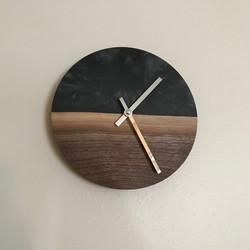 Walnut/Epoxy Resin Clock