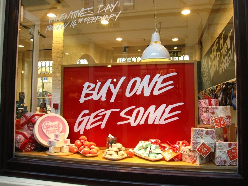 Why Retailers Love Valentines Day Multi Site Project Management