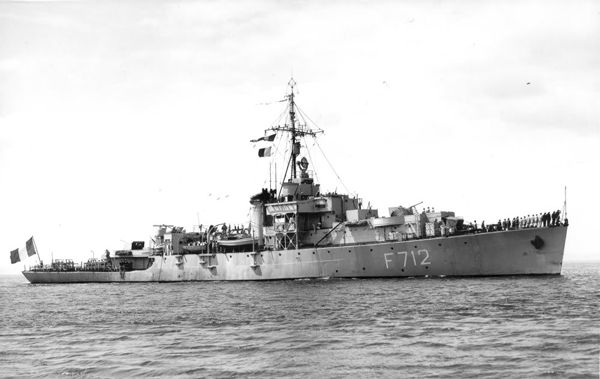 HMS-Windrush-as-French-Ship.jpg