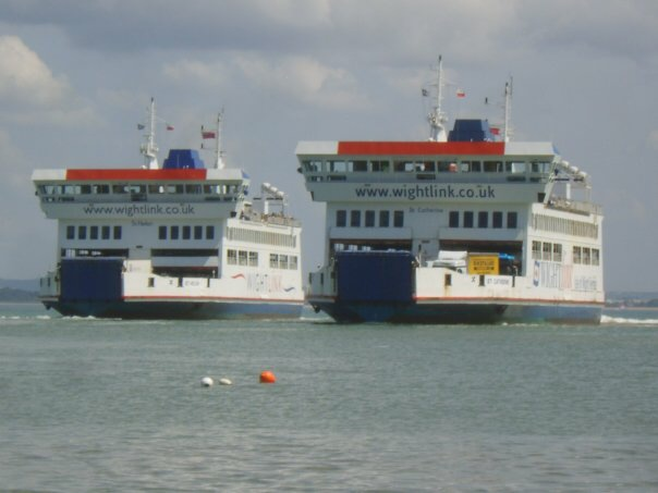 Saints passing-Fishbourne