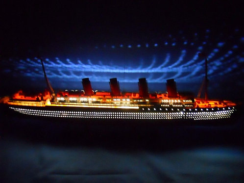 "RMS Lusitania Limited Model Cruise Ship 40"" w/ LED Lights"