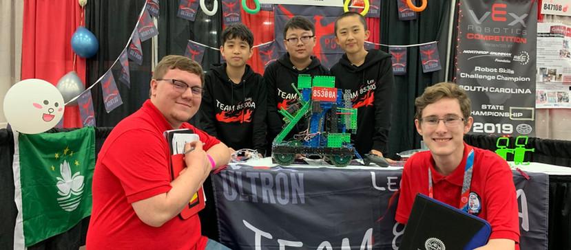 VEX World 2019, Middle school, Top 16, Team 85300A Ultron