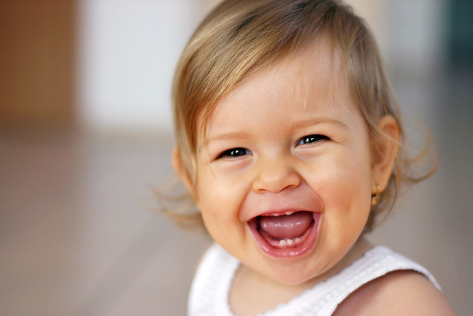 Deformidade do crânio em criança (plagiocefalia posicional): guia prático