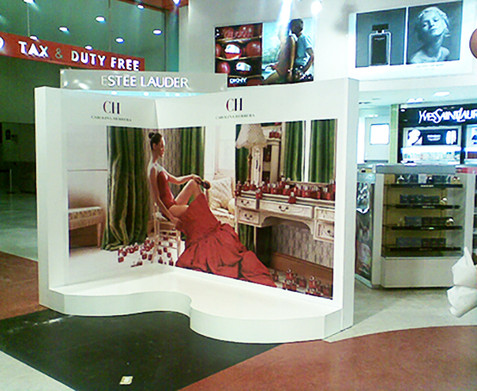 Carolina Herrera Stand Mexico Airport