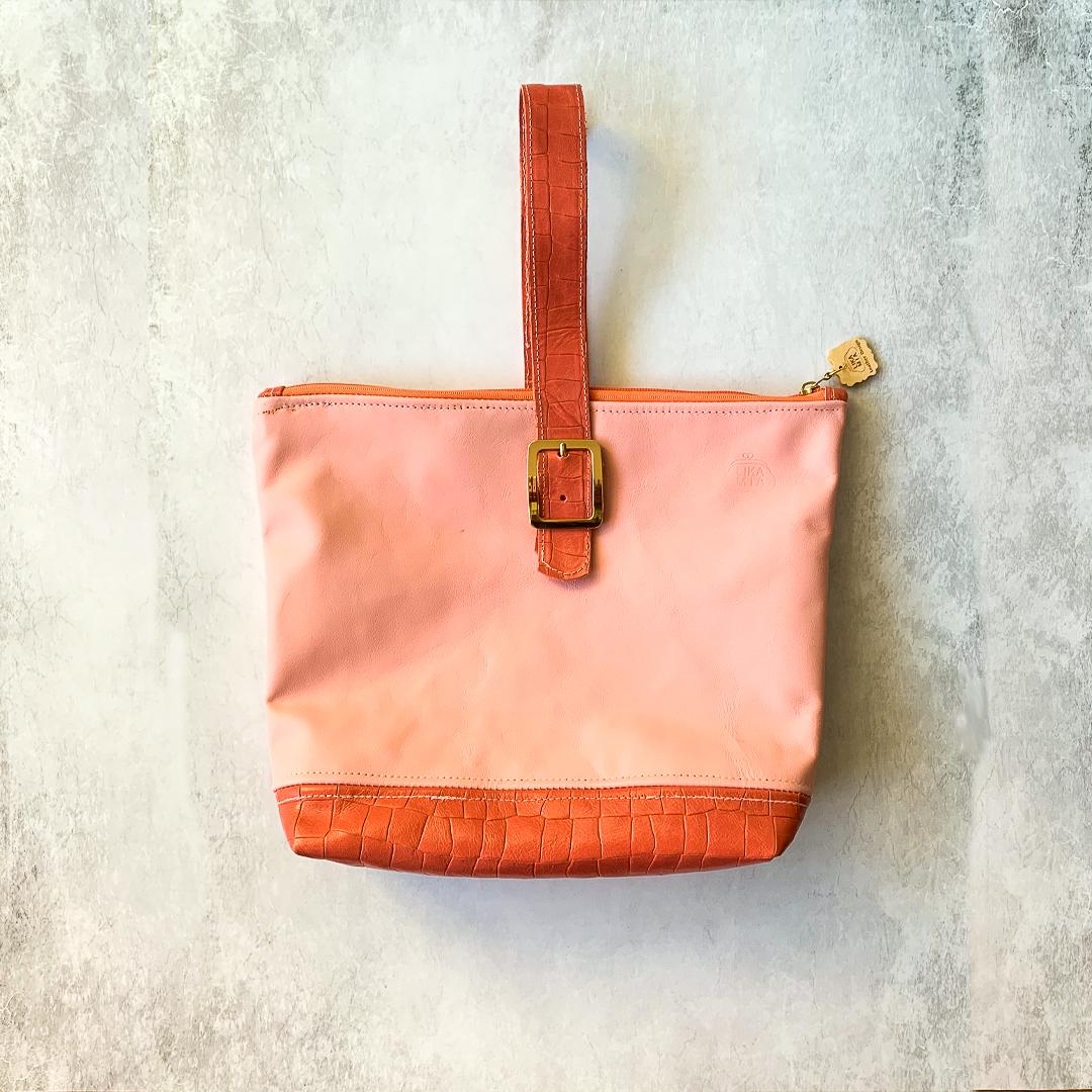 pink-2tone-clutch-A