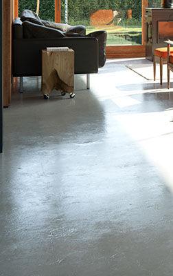 CAM01_concrete floorb.jpg