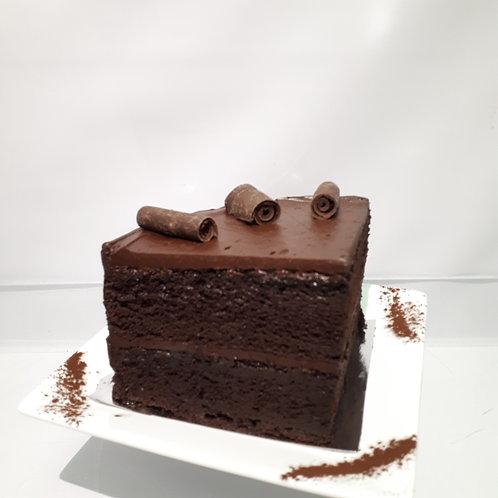 Le Gâteau Classique au Chocolat -QUART DE PORTION (3 personnes)