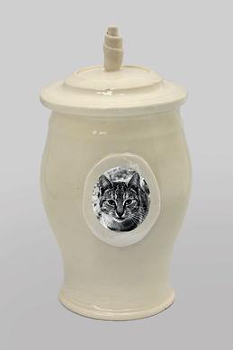 Pet Urn - Cream Classic Style