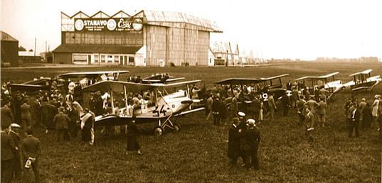 Arrivée de La Coupe Dunlop 1931 à Orly © Jacques Hémet