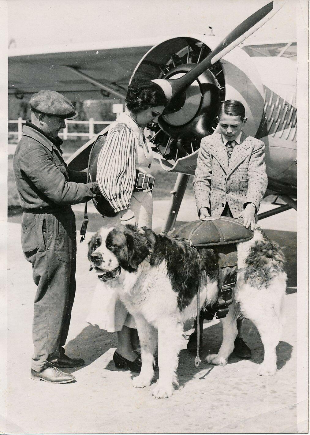 ORLY-1936-Baptême-de-lAir-Miss-avec_son