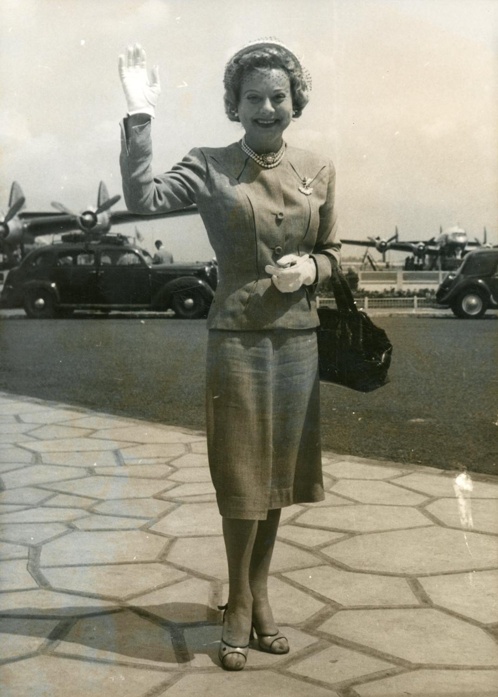 Sonja Henie - 1954