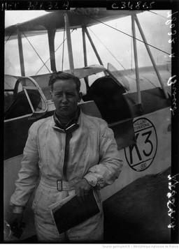 Orly : Tour d'Europe aérien : Broad (portrait à 2 m) : [photographie de presse] / Agence Meurisse 1930