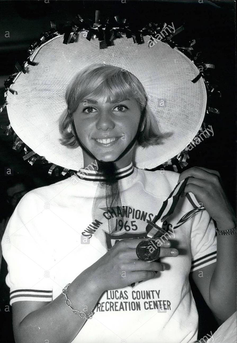 Kiki Caron - 1965
