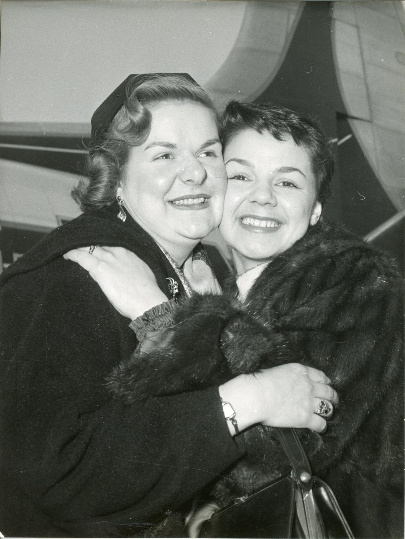 Maureen Forrester - 1955