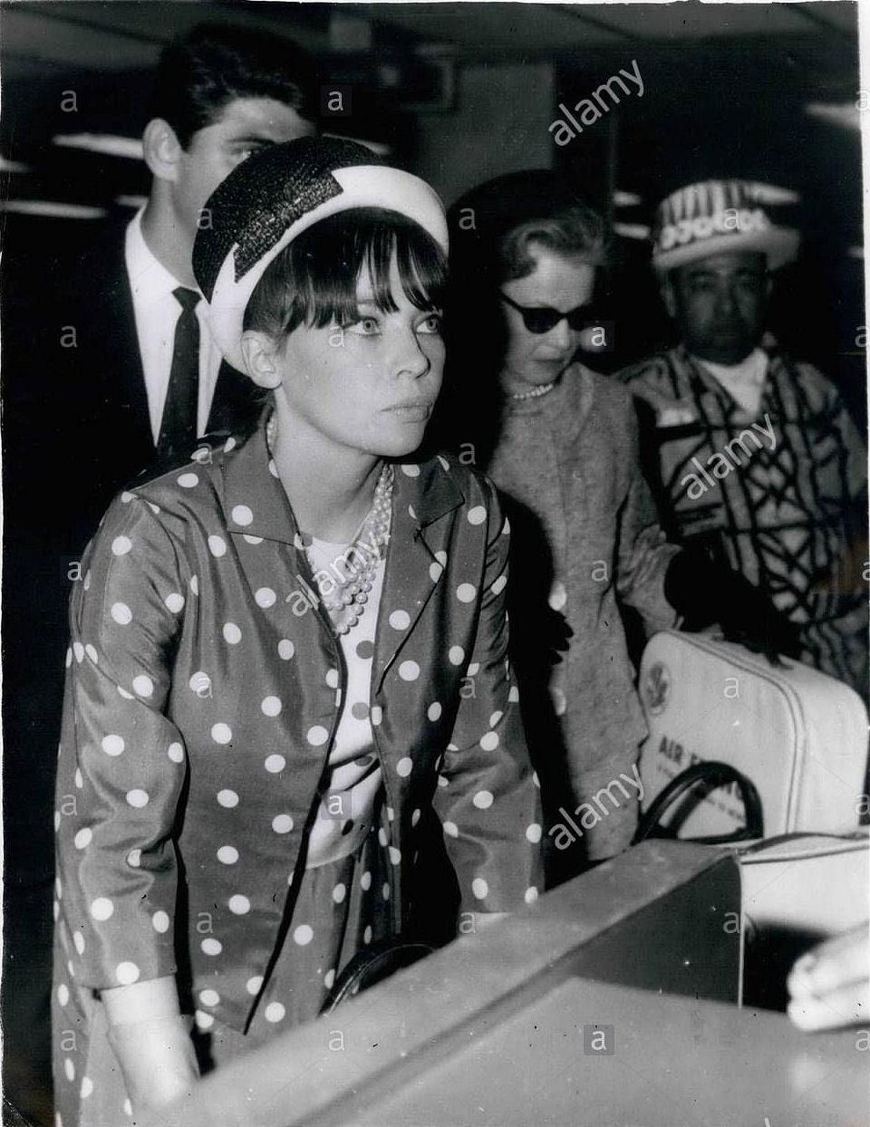 Leslie Caron - 1964