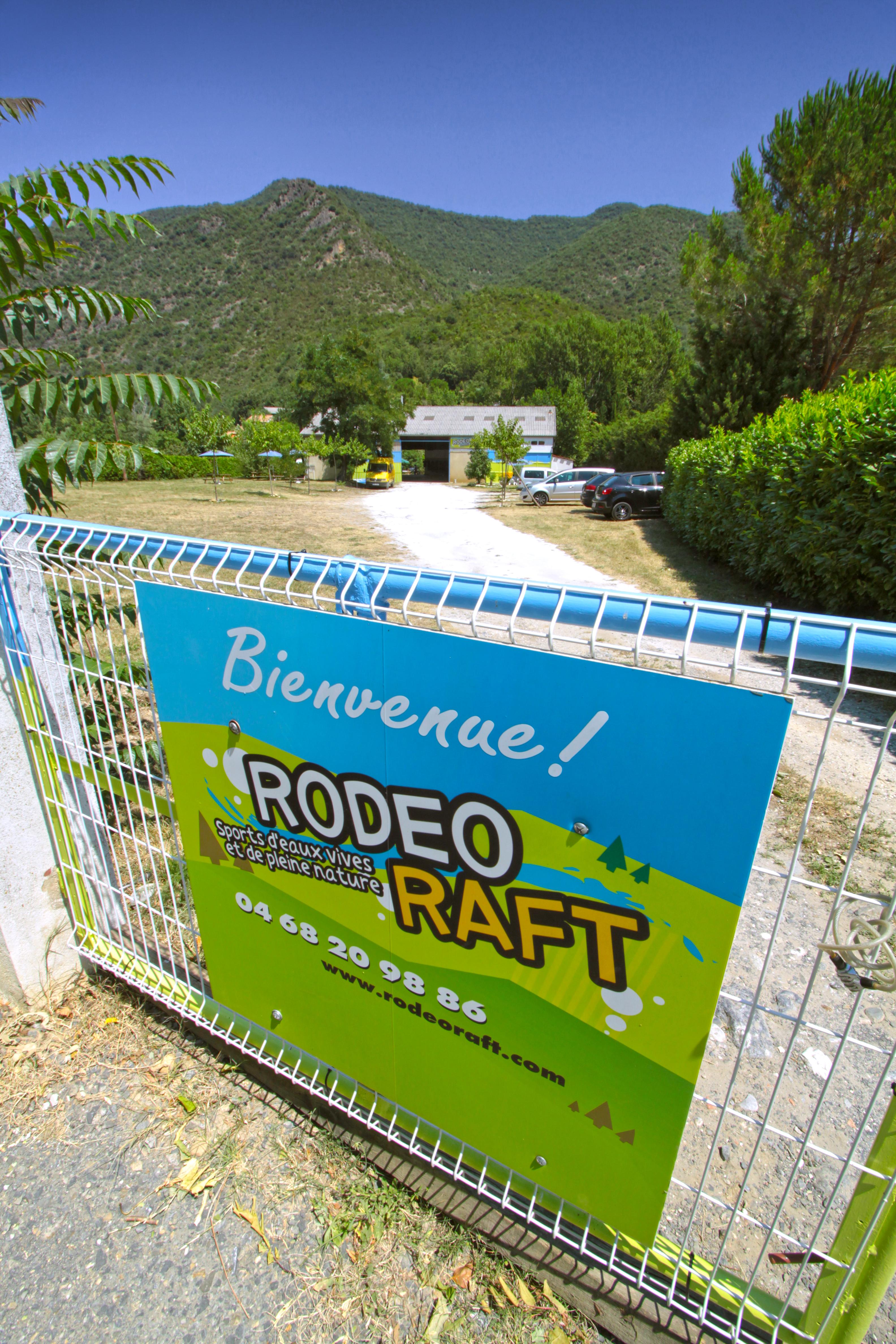 RodeoRaft139037 J.jpg