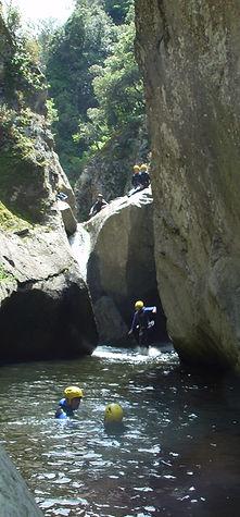 Canyon du Llech / canyoning Pyrénées Orientales / canyon sportif / canyon découverte / gorges de Galamus aude axat et Quillan