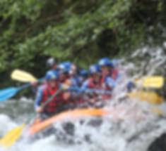 Rafting sur l'Aude, entre Axat et Quillan dans les Gorges de la Pierre Lys. Près de Toulouse et Montpellier.