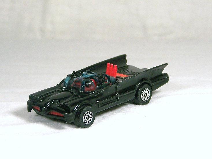 CORGI 69a .. Batmobile