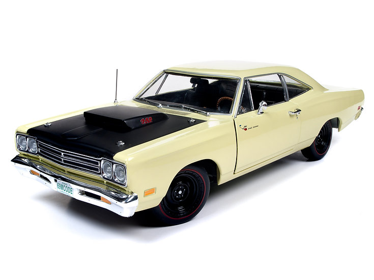1:18 AMM1180 .. 1969-1/2  Plymouth Road Runner