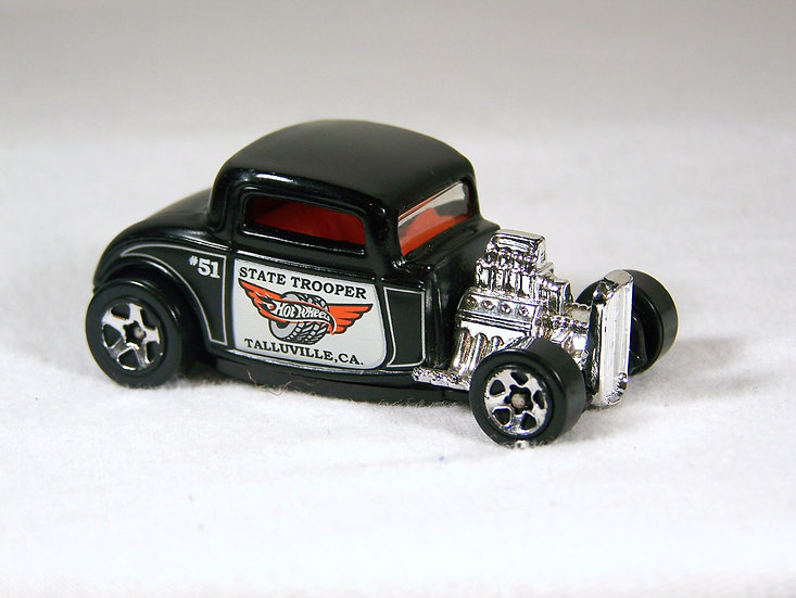 L01-216 .. '32 Ford