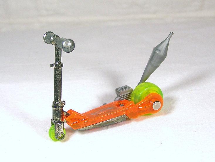 L01-045 .. Mo' Scoot