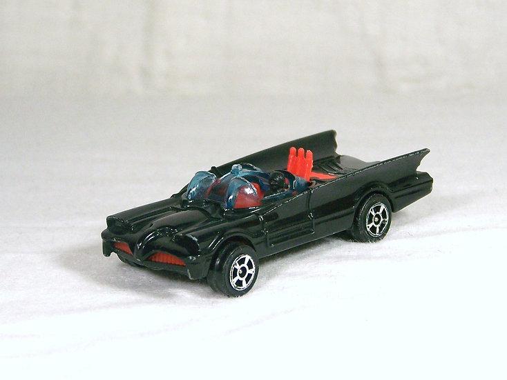 CORGI 69b .. Batmobile