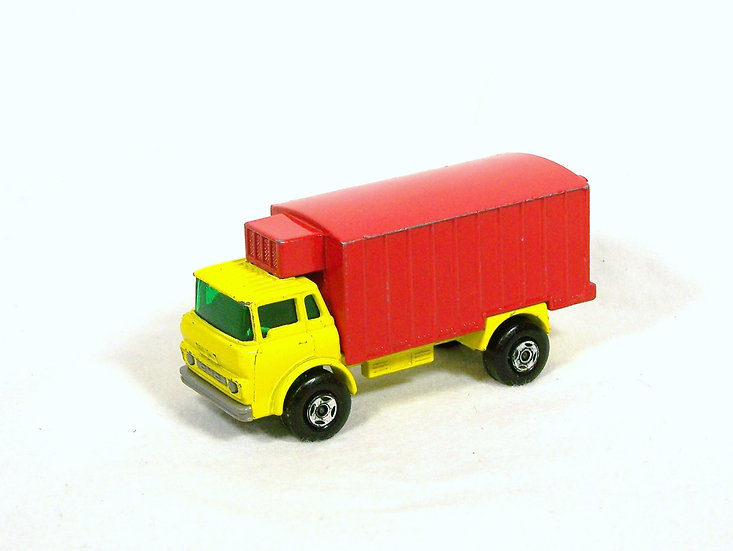 LES 44c-2 .. GMC Refrigerator Truck