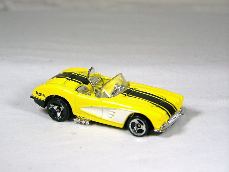 L02-069 .. '58 Corvette