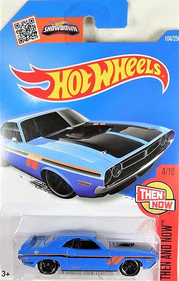 HW16-104 .. '71 Dodge Challenger