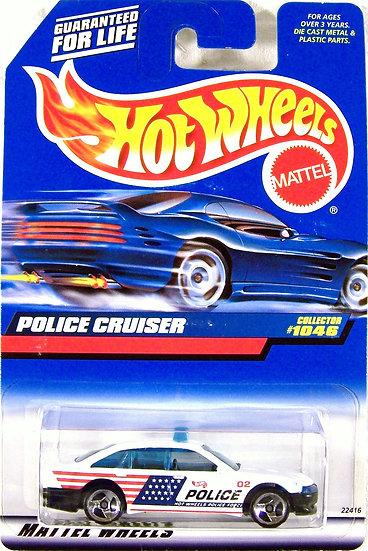 HW99-1046 .. Police Cruiser