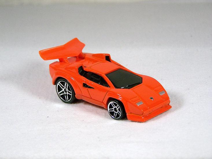 L04-079 .. Tooned Lamborghini Countach