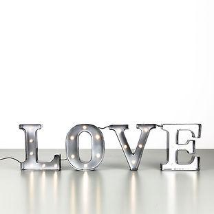 Leuchtschrift LOVE