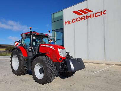 AGROFORESTAL ROUCO EN VALLADOLID PRESENTANDO EL NUEVO McCORMICK X7.624 VT