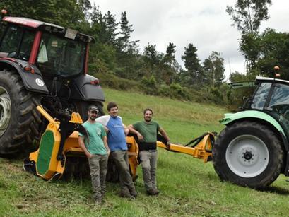 """Agroforestal Rouco entrega 5 máquinas Serrat en una misma """"familia"""""""