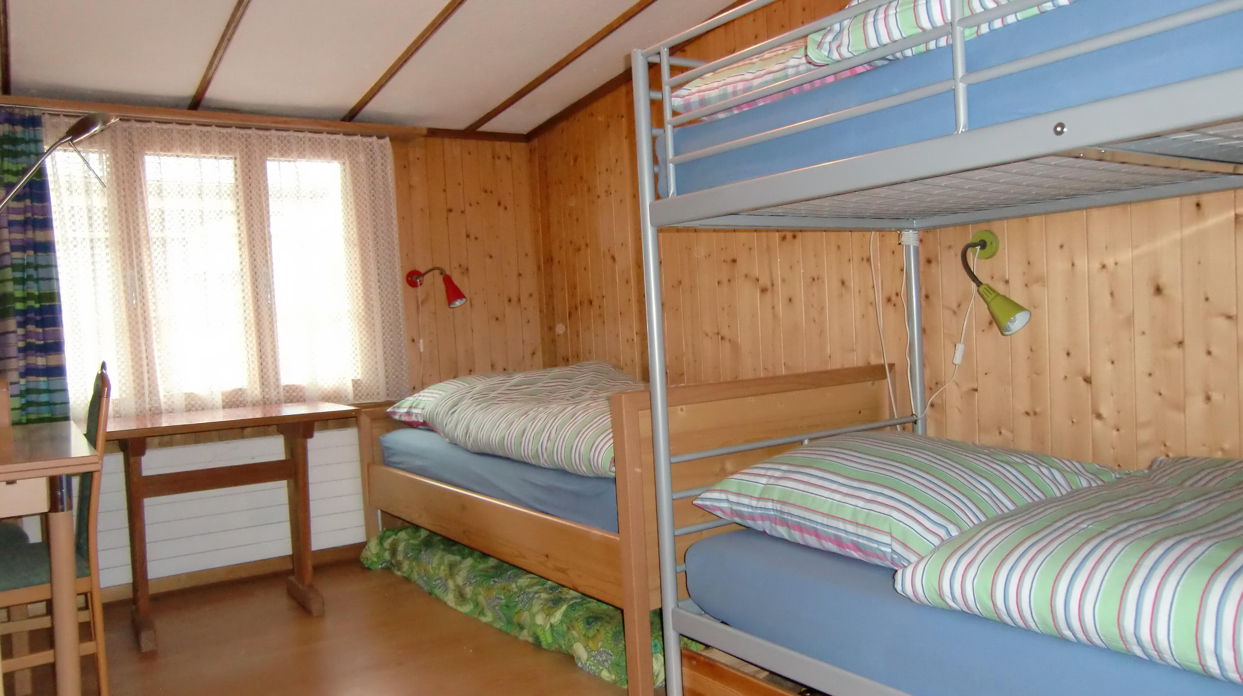 Schlafzimmer_Stockbett+Einzelbett