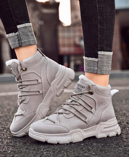 נעליים ספורט אלגנט גבוהות