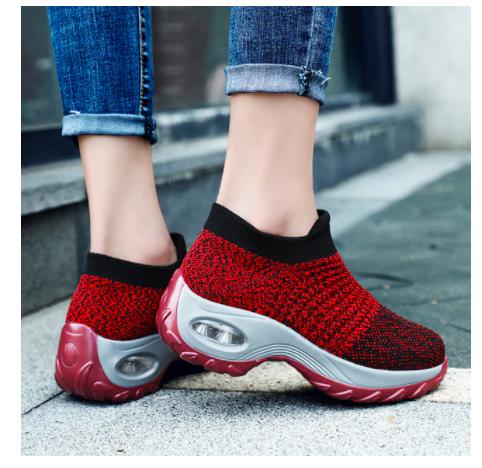 נעלי הליכה אלגנטיות ונוחות לגבר ולאישה
