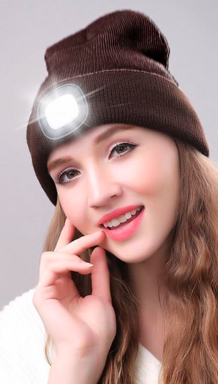 כובע צמר עם פנס נטען מושלם לפעילויות חוץ ביתיות