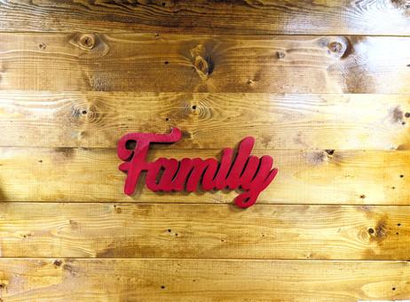 Scritta Family