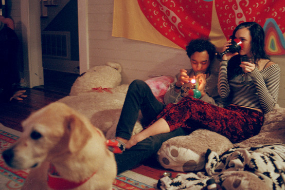 """""""I would describe our relationships as super comfortable and casual. Most of the time we just sit on my couch and watch anime and drink mimosas and smoke weed and that's the best. We love doing that,"""" stated Eden Nielsen when asked to describe her relationship with Noah Evans. Noah stated, """"The relationship is more just how we interact instead of status."""" Pictured is Noah Evans and Eden Nielsen."""