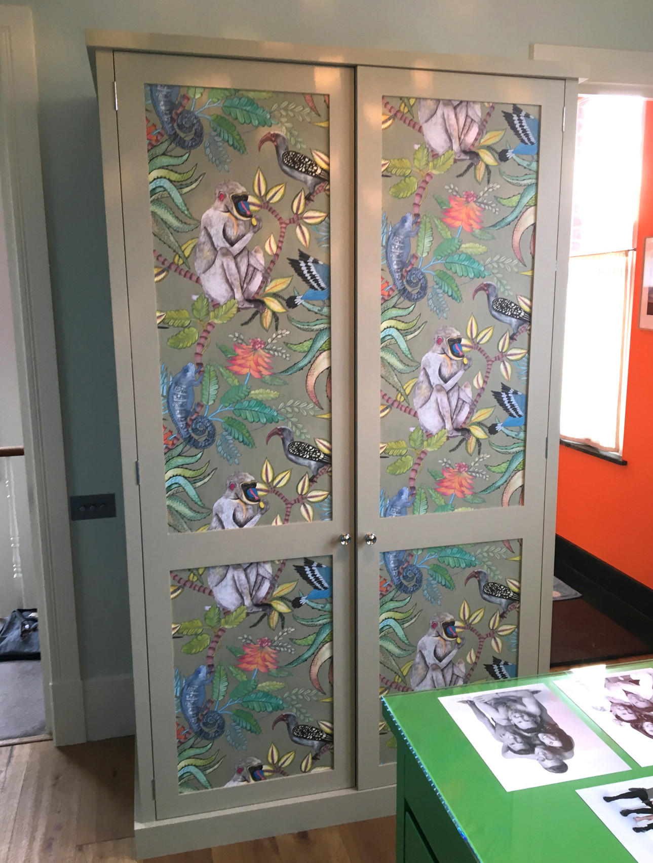 Shaker style wardrobe with wallpaper panels & butt hinges